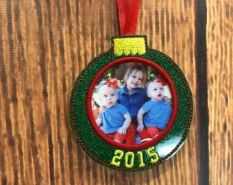 Photo Ornament - Slip In Photo - Christmas - In The Hoop - DIGITAL Embroidery DESIGN