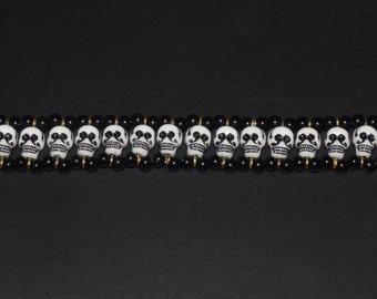 skull candy choker necklace