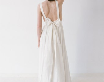 Brianna // A Chiffon, Backless Wedding Dress