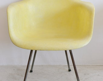 SALE!  Early Eames Zenith Rope Edge DAX Armchair with X Base