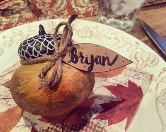 Set of 4 Acorn Table Tags
