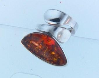 Impressive!! Sterling Silver 925 Natural Baltic Amber Size 7