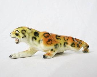 Vintage Crouching Leopard Figurine, Made in Japan - Mid Century Ceramic Decor
