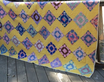 """Vintage Cheddar Yellow Feedsack 1930's-40's Quilt -76"""" x 88"""""""