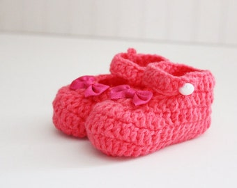 Pink Crochet Baby Shoes