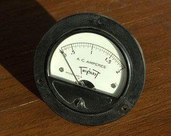 Vintage Triplet 0-2 Amperes Amps AC Alternating Current Gauge Model 331-S - Made In USA by Triplett Electric Instrument co. Bluffton, Ohio