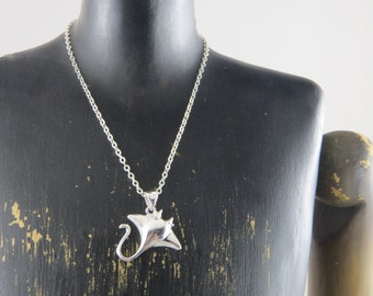 Sterling silver Stingray necklace, sting ray jewelry, manta ray necklace, sea life necklace, nautical necklace, beach jewelry, oceanographer