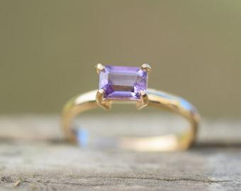 Resultado de imagen para simple amethyst rings