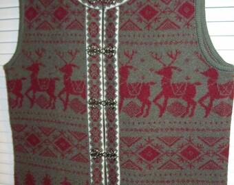 Vintage Telluride Boiled Wool Reindeer Vest w Pewter Frog Closures.  Size medium