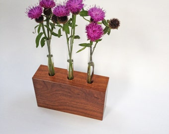 Floral centrepiece - Wooden Bud Vase with 3 glass test tubes