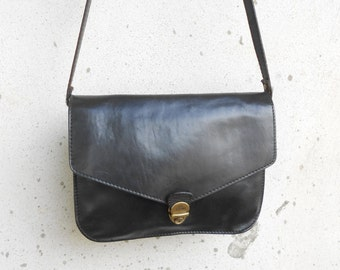 Vintage Leather Bag THE TREND Black Leather Crossbody Bag , Leather Purse , Messenger Bag / Medium / Made in Italy / Gift for Her