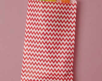 """3-1/4"""" x 5-1/8"""" Red Chevron Candy Bags - 20 Quantity"""