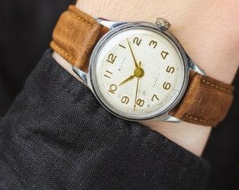 Vintage watch Raketa (Rocket) – leather watch men – mechanical watch man – gift for him – unique men's retro watch 70s