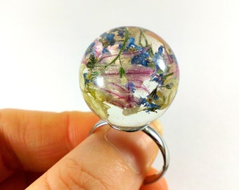 Real flower ring Sphere ring Resin ring ideas Fashion ring Nature ring Terrarium ring Real flower jewelry Botanical ring Floral ring