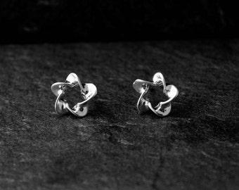 Silver Star Studs/ Tiny Star Earrings/ Dainty Star Earrings/ Sterling Silver Stud/ Silver Star Earrings
