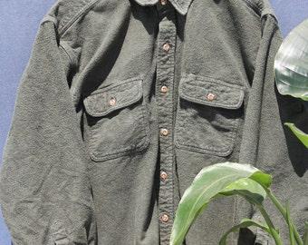 S A L E ⎮ SUPER SOFT Green Button-Down Flannel