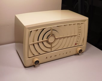 Vintage 1950s Admiral 5S23AN Ivory Art Deco Tabletop Tube Radio- Restored and Working