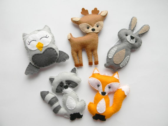 Woodland stuffed animals woodland decor forest animals for Animal decoration