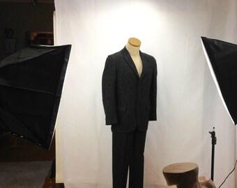 1950's FLECKED 2 Piece Suit / Black with Gray Flecks  / Men's Size MEDIUM