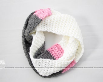 Infinity scarf crocheted 3 colors (gray, pink and white), women. Ready to ship!