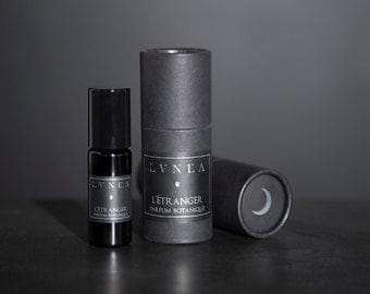L'ÉTRANGER : Whiskey, Tobacco, Oak Barrels, Vanilla // Natural Perfume Oil