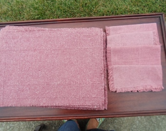 """4 woven 19""""x13"""" woven light dusty rose country placemats and 4 fringed napkins"""