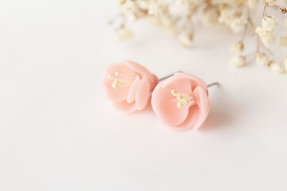 Cherry blossom earrings, sterling silver 925, pink stud, sakura earrings, minimalist earrings, romantic earrings, light pink, tiny earrings