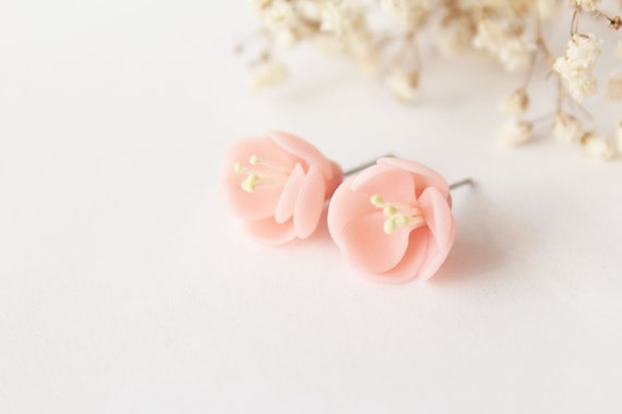 Cherry blossom earrings, sterling silver 925, pink stud, sakura earrings, minimalist earrings, romantic earrings, light pink, tiny earrings