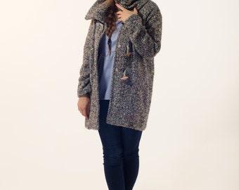 Women handmade wool coat , grey tweed coat , grey jacket , handmade winter clothing , high collar wool coat with frogs