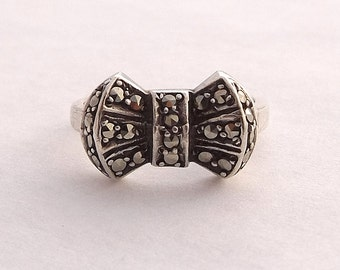 Silver Bow Ring, Art Deco Marcasite Ring, UK size M 1/2 ~ US size 6 1/2