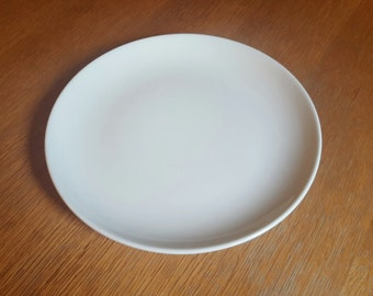 White Russel Wright Iroquois Dinner Plate