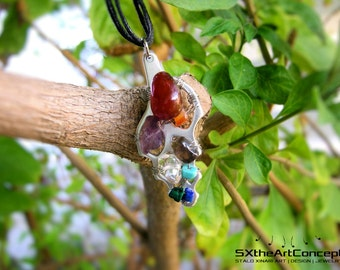 Shipping included • Wire wrapped multi-stone shell shaped pendant with a fusion of stones aiming calmness, balance, love and happiness.