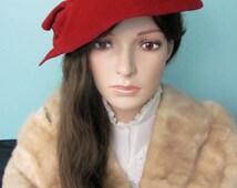 Romantic Red Velvet 1950s ladies hat, Red Fascinator, Mid Century Red Fascinator, Holiday Hat