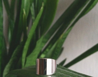 Rhodium Plated Wide Band Ring by Le Boho Bleu