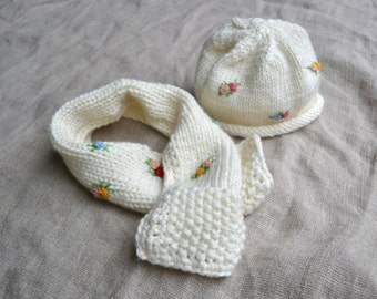 Pure merino wool kid hat and scarf, merino wool baby hat, knitted baby hat and scarf, baby beanie, wool baby girl beanie and scraf, baby