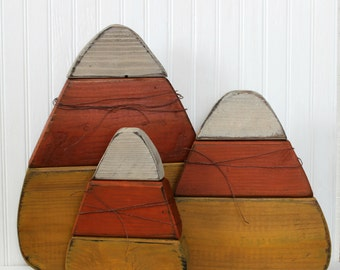 Set of 3 Reclaimed Wood Giant Wood Candy Corn Self Standing Wood Pumpkin Halloween Decoration Primitive Decoration Fall Decoration