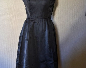 French 1950s silk dress, made in France