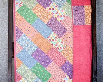 Baby Quilt, Baby Nursery, Patchwork Quilt