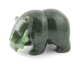 Canadian Nephrite Jade Carving, Bear with Fish 301