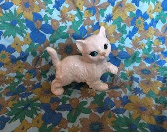 Vintage Retro Kitsch Coopercraft White Cat Kitten Ornament