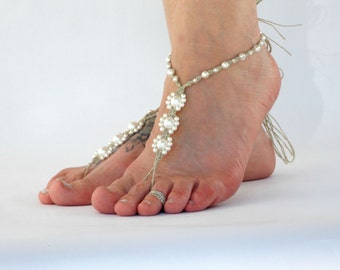 Barefoot Sandals with Pearls, Handmade of Hemp, White or Ivory, Barefoot Jewelry, Beach Weddings, Bride Shoes, Foot Accessories, toe thong