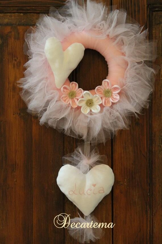 Articoli simili a fiocco nascita rosa ghirlanda in tulle for Articoli shabby