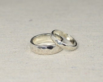 hammered silver wedding bands rustic wedding rings wedding ring set sterling silver - Silver Wedding Ring