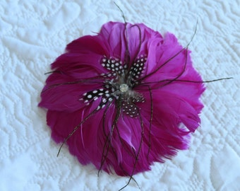 Vintage Glam Hot Pink Fuchsia Rhinestone Embellished Feather Hair Clip Pin Brooch