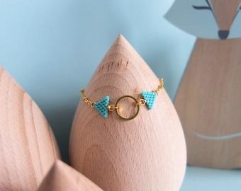 Bracelet fanions, tissé à l'aiguille, en perles de verre japonaises Miyuki, apprêts dorés à l'or fin 24k