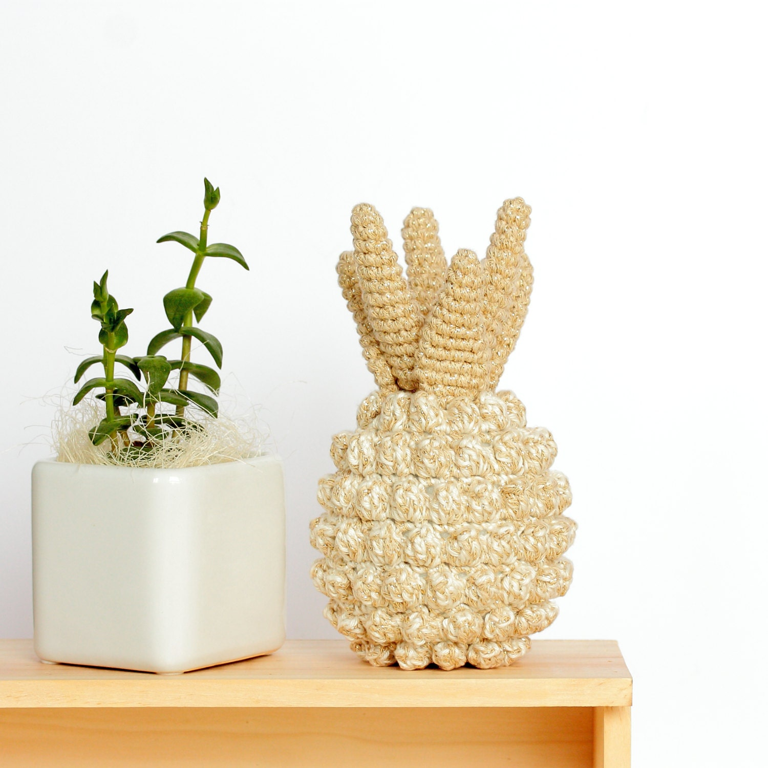 Pineapple home decor crochet pineapple decor pineapple for Ananas dekoration