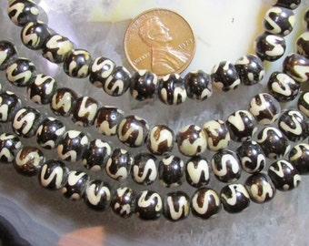 7mm to 8mm Roundish Batik Bone Beads w/ S-curve patterns- One 14 to 15 Inch full strand of hand carved India bone-Tribal/rustic/ethnic/boho