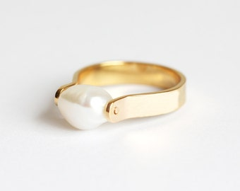 Pearl Ring, Freshwater Pearl Ring, Gold Pearl Ring, Asymmetrical Ring, Silver Pearl Ring, Simple Pearl Ring