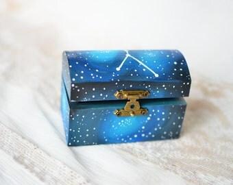 Sign constellation box Cancer  / Galaxy ring bearer box / Astrology Constellation Star ring box ,galaxy wedding ring box