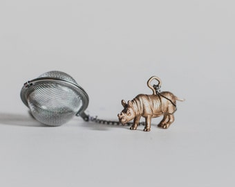 Tea Ball Infuser with Rhino - Tea ball, Tea strainer, Tea infuser, Loose leaf Tea, Tea Brewing, Rhino